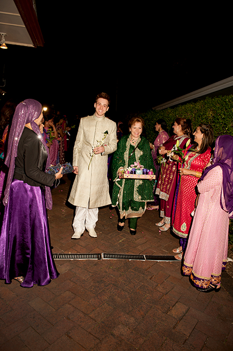 traditional, Adelaide, groom, sari, Indian, South Australia, wedding, photography, presents, gifts, love, happiness, photographer