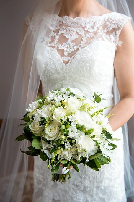 bride bridal dress flowers bouquet beautiful lace wedding Adelaide photography South Australia