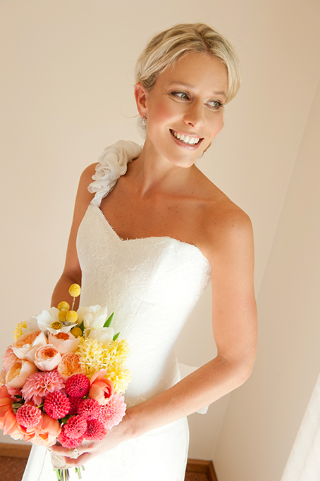 bride, beautiful, stunning, hair, up-do, dress, one-shoulder, frills, colorful, vibrant, flowers, roses, bouquet, photography, rural, country, outback, South Australia, photographer, wedding