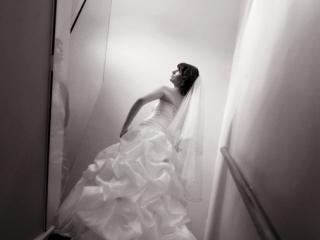 sepia, photography, wedding, stunning, beautiful, dress, pose, stairs, staircase, Adelaide, photographer, light fitting, veil, Australia