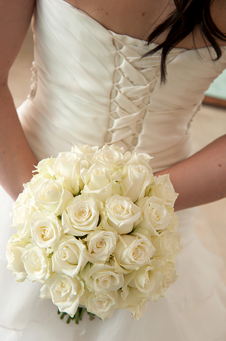 wedding dress lace-up tie-up back white roses photography bouquet beautiful bride Sferas Convention Centre Accommodation Adelaide photographer