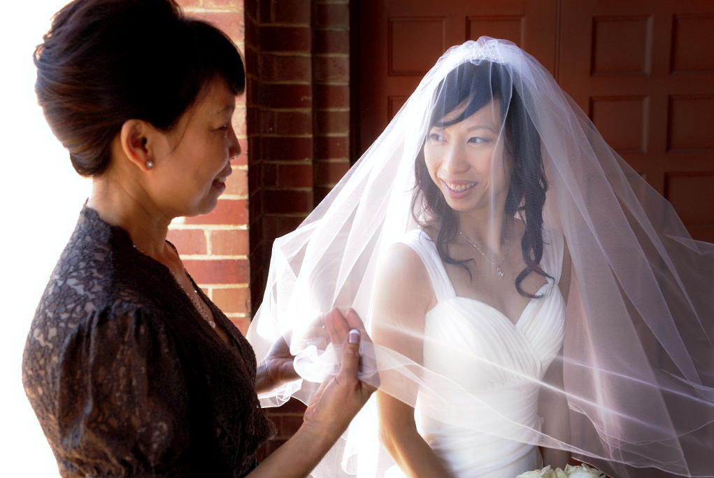wedding, dress, gorgeous, veil, beautiful, necklace, Asian, bride, mother, Australia, lace, brown, silver, white gold, photographer, roses, bouquet, photography, Adelaide, home