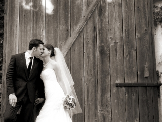 wood, door, sepia, photography, love, couple, newlyweds, dress, kiss veil, flowers, bouquet, roses, suit, tie, shoes, black, shirt, earrings, necklace, happy, photographer, nature, leaves, Adelaide, Australia, photography, groom, bride
