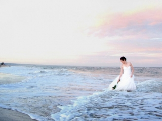 Pastel, sky, beautiful, clouds, romantic, stunning, bride, beach, flowers, roses, Adelaide, strapless, dress, wedding, Australia, water, waves, pink, hue, photographer, earrings, photography