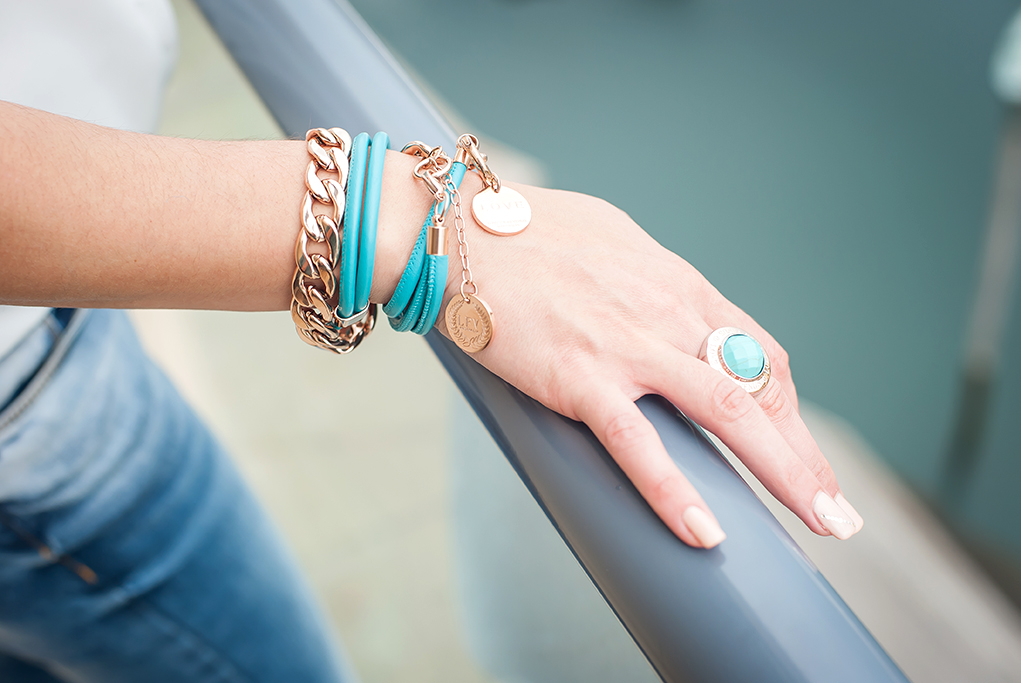 beautiful, jewelry, accessories, Elan Jewelry, bangles, rings, chain, bracelet, blue, turquoise, nails, acrylic, Glenelg, Adelaide, South Australia, corporate, location, photography, photographer