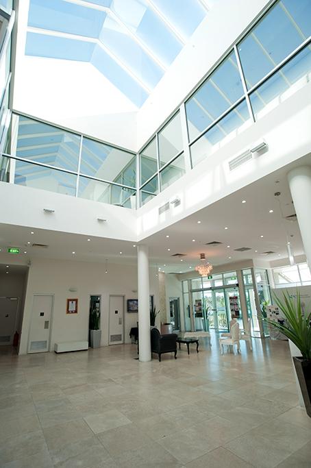 Adelaide, South Australia, foyer, corporate location photography, Sferas Park Suites, spacious, architecture, interior, chairs, tiles, plant, photographer